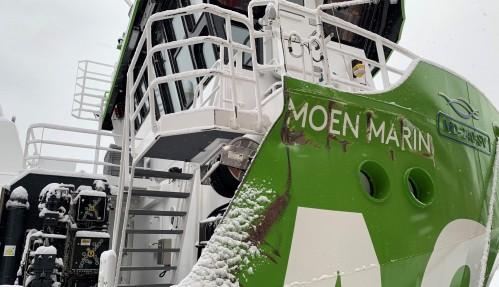 De mest synlige skadene på AQS Tor er strukturelle skadene på styrbord side. Foto: Moen Marine