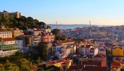 Ferjene skal brukes på tre viktige ruter som knytter Lisboa til Cacilhas, Seixal og Montijo på sørbredden av Tagus-elven. Foto: ABB.