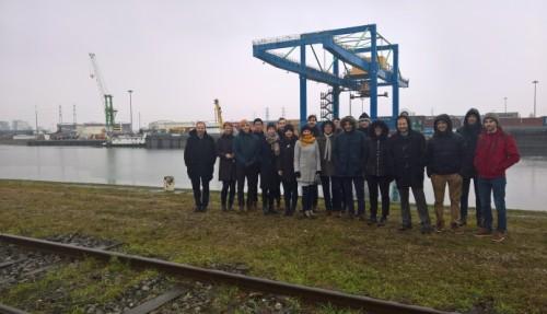 FLAGSHIPS-prosjektet omfattar ei gruppe leiande industripartnarar, der fire er norske. I Frankrike skal prosjektet setja i drift ein hydrogen push båt på elva Rhône.
