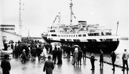 MS Lofoten ankommer Bodø på sin første rundtur 8. mars 1964. Foto: Museum Nord/Hurtigruten.