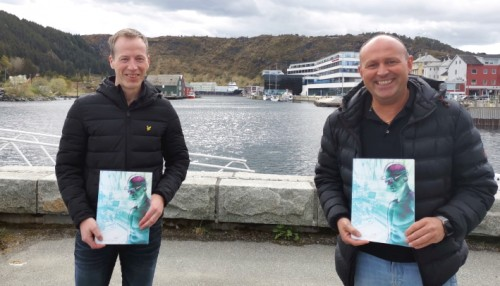 Ronny Pål Kvalsvik from REM Offshore and Øyvind Sundgot from Metizoft AS. Photo Metizoft AS.