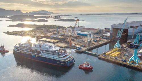 Skipet er designa spesielt for polare farvatn, og er planlagt levert til fjerde kvartal. Foto: Ulstein Group / Per Eide Studio