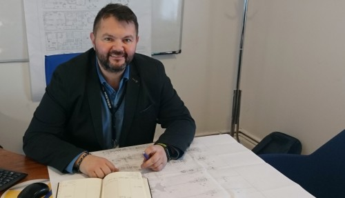 Managing Director i HPR, Nedim Jakupovic, sier denne kontrakten er et viktig gjennombrudd for HPR. Kontrakten er også gledelig fordi man når sikrer sysselsetting for en stor del av de ansatte i flere år fremover. Foto: Havyard