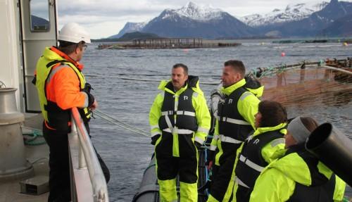 Fra venstre: Sindre Vattøy (driftsleder Marine Harvest), Kenneth Brandal (markedssjef Plany), Gunnar Larsen (administrerende direktør Plany), Bente Lund Jacobsen (administrerende direktør Mørenot Aquaculture), og Vibeke Hanssen (salgs- og markedssjef Mørenot Aquaculture). Foto: Gard Warholm