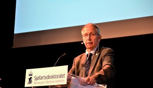 Vegdirektør Terje Moe Gustavsen vil ta i bruk hydrogen som drivstoff i ferje i 2021, men han peikar på tryggleiksutfordringar som først må løysast. Foto: Thomas Førde