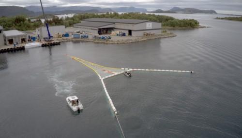 Mørenot har vært leverandør av teknisk utstyr til den marine næringen i over 100 år.  Foto: Mørenot.