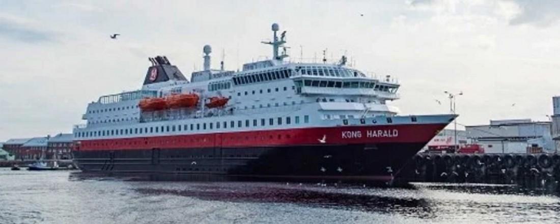 Kong Harald er eitt av tre hurtigruteskip som skal få grøn oppgradering. Foto: Hurtigruten