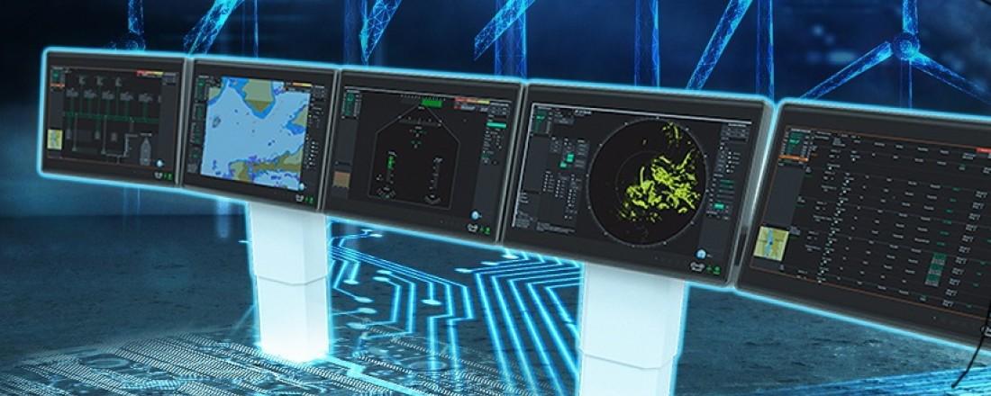Den nye broløsningen fra NES, RAVEN INS, er den første i verden som er utviklet i et helhetlig system og fått typegodkjenning etter  INS-standarden. Broen er et komplett og fullintegrert navigasjonssystem med brukervennlige skjermer, stol, felles og enhetlig program og hardware. Foto: Norwegian Electric Systems