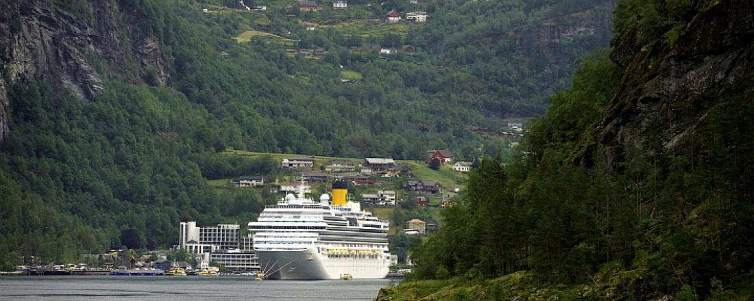 Geirangerfjorden er blant dei norske Fjordane som er verdensarvlista. Den er også eit svært populært reisemål for cruiseturistar. Foto: Sjøfartsdirektoratet