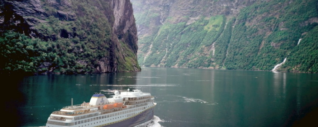 De nye skipene til Havila Kystruten har rekordstore batteripakker og kan seile med nullutslipp i verdensarvfjorder og sårbar natur. (Illustrasjon)