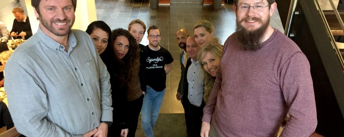 Jan og Vidar Halvorsen i Davit Norway, sammen med resten av kullet fra SpareBank 1 SR-Banks gründerprogram. Foto: Sparebank 1