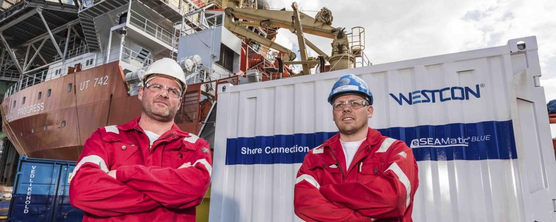 Fra venstre: Gunvald A. Mortvedt, administrerende direktør i Westcon Power & Automation, sammen med Rune Heddeland. Foto: Westcon