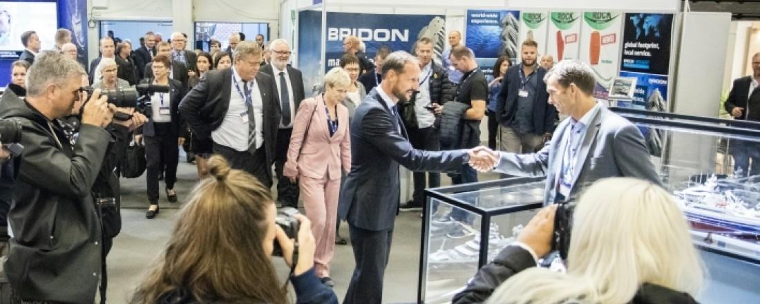 Kronprins Haakon er en velkommen og etter hvert ganske fast gjest på Aqua Nor. Også i år kommer han til åpningen av messa, Foto: Aqua Nor.