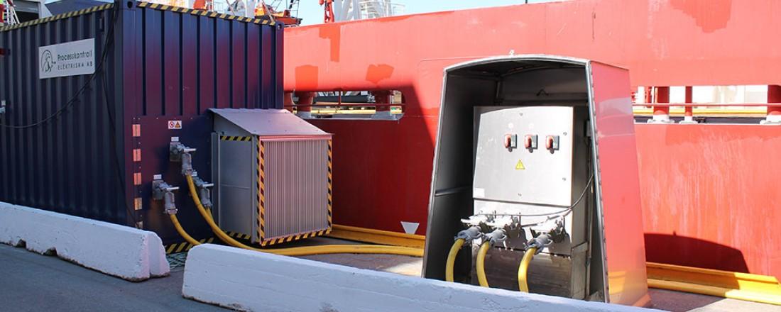 Mobilt landstrømanlegg i Kristiansand havn. Foto: Enova