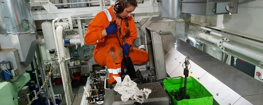 Theodora Elise Høie er motormannslærling i Solstad Offshore. Foto MaritimKarriere.no