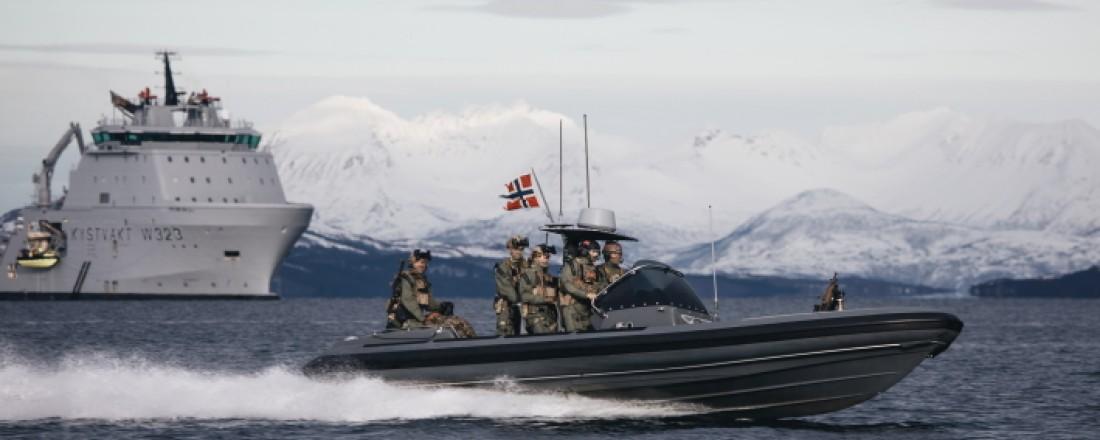 Forsvaret trapper opp antall læreplasser. Mange av utdanningsplassene er innen maritime fag. Foto Emil Wenaas Larsen/Forsvaret