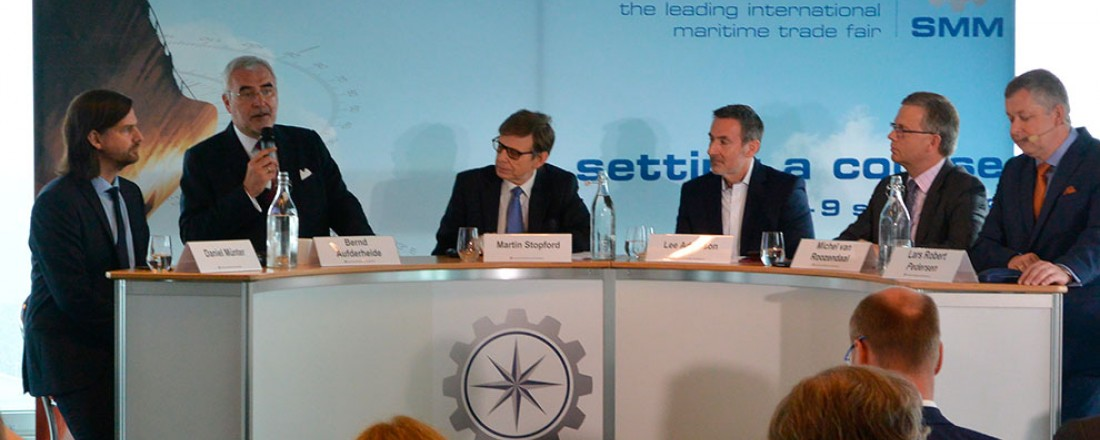 Pressekonferansen i Hamburg
