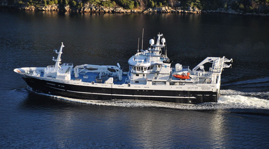 Tråleren Antares vil ankomme Lerwick hvor den vil ta om bord fiskeutstyr. Foto: Skipsteknisk