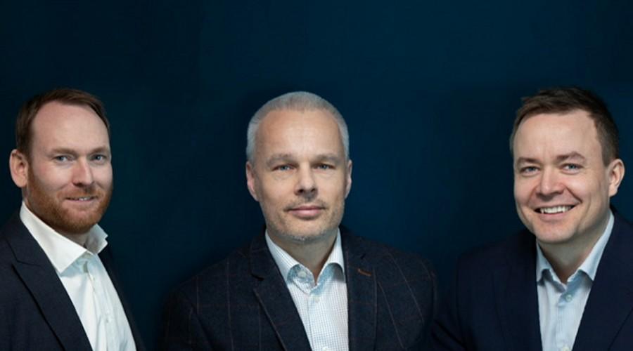Petter Frøystad, teknisk leder i HAV Design, Gisle Vinjevoll Thrane, salgsansvarlig HAV Design og Kristian Steinsvik FoU leder i HAV Design. Foto: Siv-Elin Nærø
