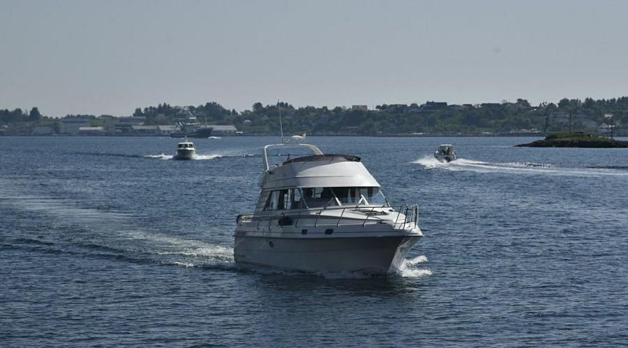 Fritidsbåtar på veg inn mot Haugesund. Foto Steinar Haugberg.