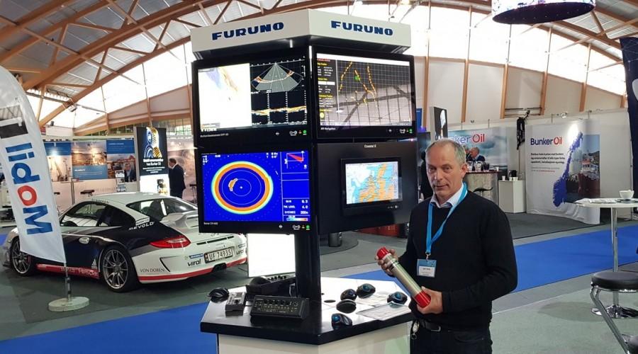 Kjell Almås, Engineer Hydro Acoustics i Furuno Norge på plass under BlueFish. Foto: Kjetil Akselsen