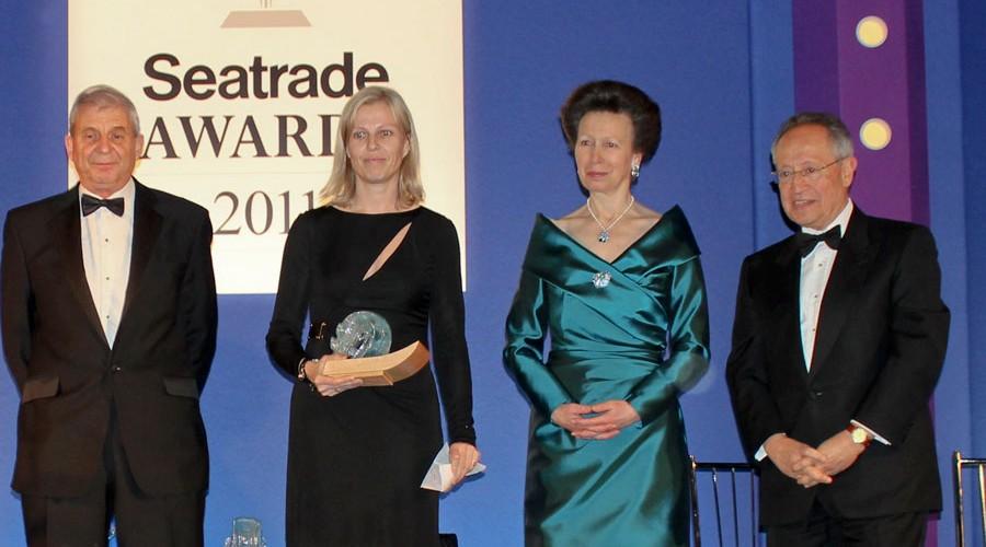 Gunvor Ulstein mottar pris i London