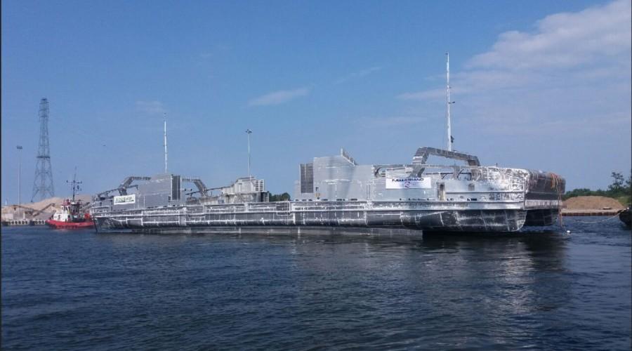 Fjellstrand bygger elektrisk ferje for Fjord1. Fartøyet ble sjøsatt i dag. Foto: Fjellstrand