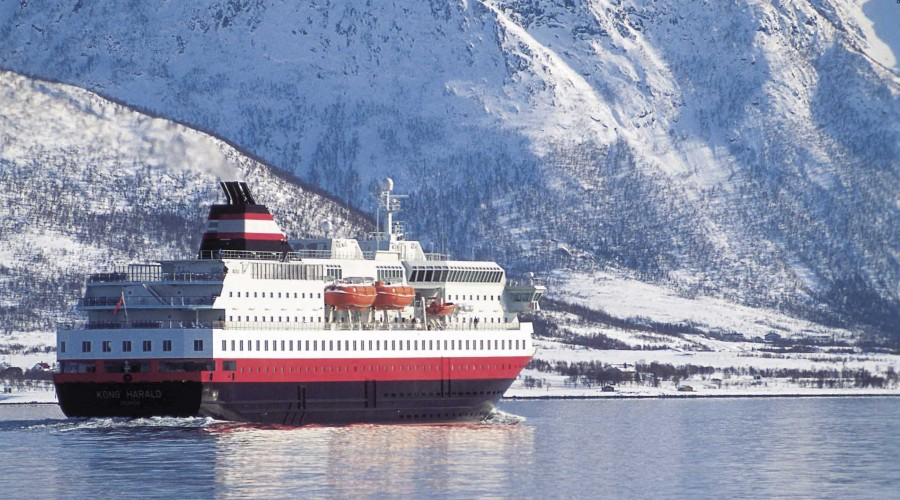 Arkivfoto av skipet Kong Harald. Foto: Hurtigruten.