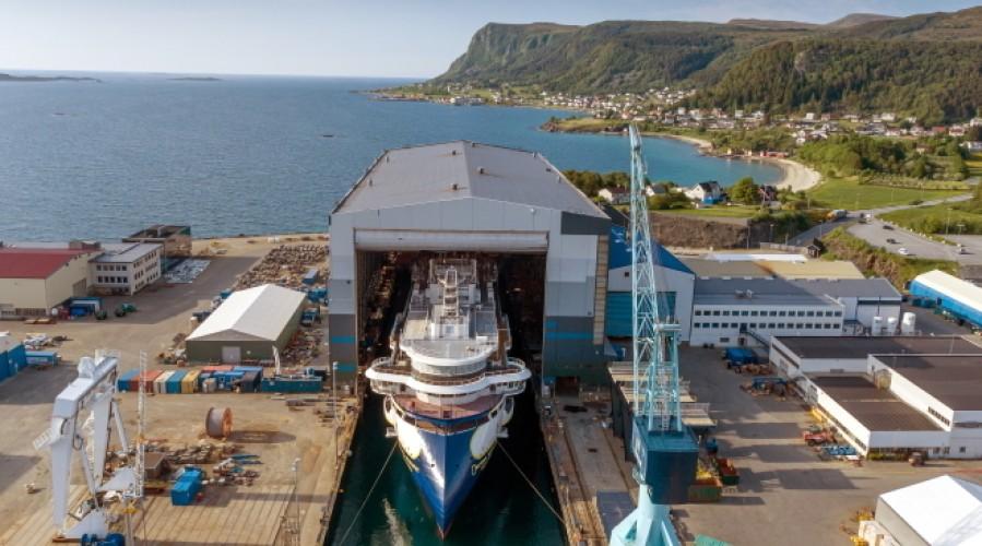 Polarfartøyet National Geographic Resolution er ute av dokka. Foto: Ulstein Group / Per Eide Studio