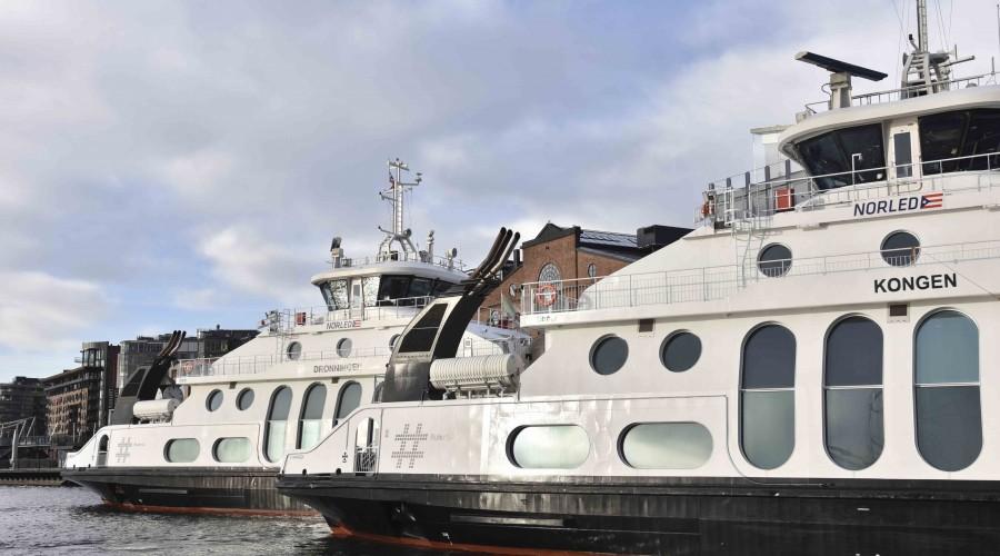 Nesoddbåtene går nå utslippsfritt på batterier. Foto: ABB