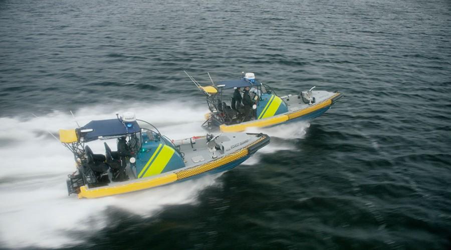Ni slike båter skal leveres til den svenske kystvakten. Foto: Norsafe.