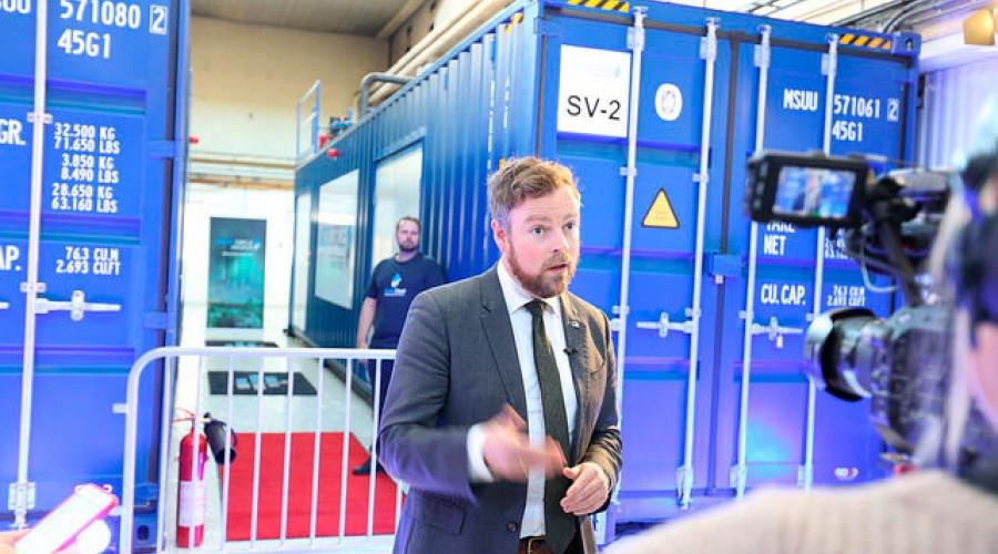 Næringsminister Torbjørn Røe Isaksen er i Ålesund for å åpne Verftskonferansen. Foto: NFD